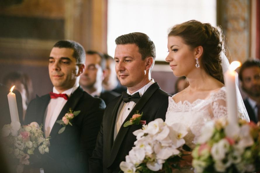 fotografie-de-nunta-la-ceremonia-religioasa-2